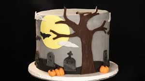halloween cakes and cupcakes ideas decorating a halloween cake using fondant youtube