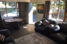 taupo central accommodation u0026 holiday homes bookabach