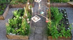 balcony vegetable garden ideas for apartments youtube
