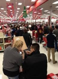 target customer of black friday deals what u0027s it like to be a cashier on black friday