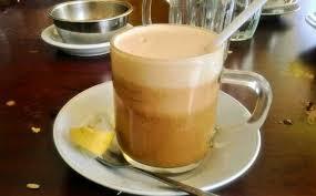 Teh Telur cara membuat teh telur atau teh talua khas padang