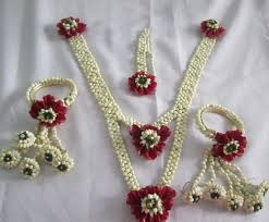 flower jewellery 37 best flower jewellery images on flower jewelry