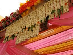 Indian Wedding Flower Garlands My Big Fat Indian Wedding U201d Experience Lost In Wanderlust