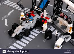 lego mclaren lego mp4 29 race car in mclaren mercedes pit stop by lego speed
