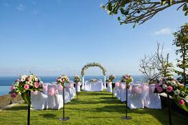 Wedding Places Awesome Outdoor Weddings On A Budget How To Plan Your Wedding