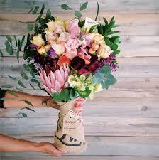 fresh flower delivery farmgirl flowers chasing saturdays