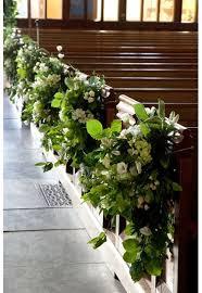 wedding flowers church best 25 church flowers ideas on church wedding