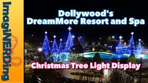 dollywood christmas lights 2017 dollywood s dreammore resort christmas tree light display 2017 youtube