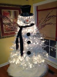 i suddenly need a white tree snowman tree by