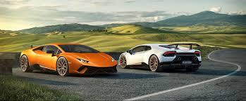 Lamborghini Aventador Huracan - this lamborghini is the fastest production car ever to lap the