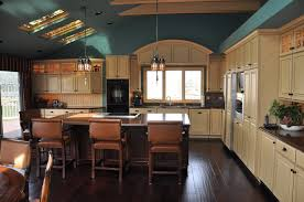 how to choose kitchen cabinets color choosing your kitchen colors cabinets by graber