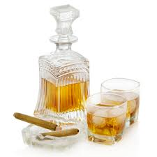 rocks glass whiskey brandy decanter with scotch on rocks glasses