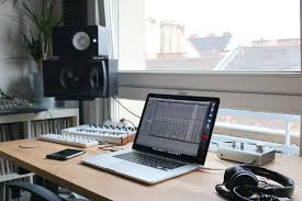 the best computer for music production globaldjsguide