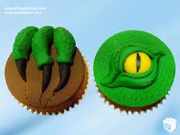 dinosaur cupcakes fierce raptor dinosaur cake and dinosaur cupcakes the regali kitchen