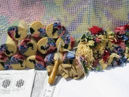 latch hook rug pile vest kits w canvas amd yarn quilt and flowers