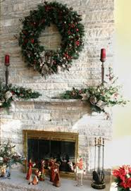 Christmas Decoration For A Fireplace by 11 Modern Christmas Decor Trends