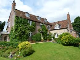 4 Bedroom Farmhouses And Country Villas For Sale Property Search Rural