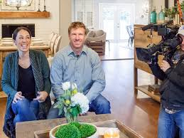 design tips from chip u0026 joanna hgtv u0027s fixer upper fixer upper