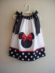 adorable minnie mouse lover sewing