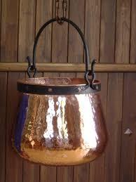 chaudron pour cuisiner ces très beaux chaudrons rustiques en cuivre avec anses en fer