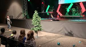 thro u0027 christmas tree youth group games stuff you can use