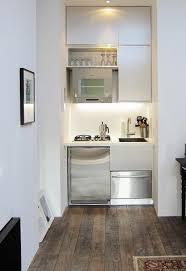 mini cuisine studio 35 idées pour aménager une cuisine kitchens small spaces