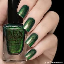 desires is a multi chrome colour shifting nail polish in green