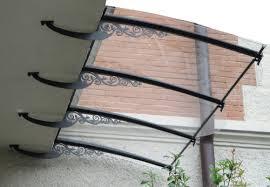 pensilina tettoia in policarbonato plexiglass pensiline in ferro sotto balcone idee casa