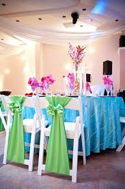 Wedding Table Set Up Island Tablescape With Vibrant Colors Wedding Table Setup
