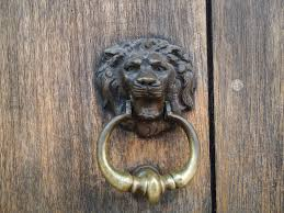Bat Door Knocker by Placement For Vintage Door Knockers U2014 The Decoras