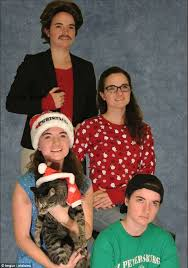 imgur user poses as a whole family for christmas card to mark year