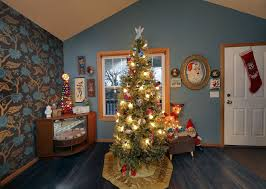 twin cities collectors of vintage holiday decor celebrate a merry