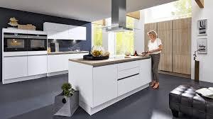freistehende kochinsel mit tisch haus renovierung mit modernem innenarchitektur kleines