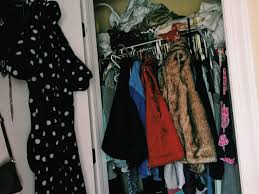 messy closet 5 things to clear out before 2018 taylor chadwick