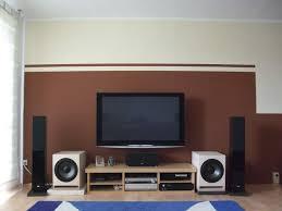 Wohnzimmer Farben Beispiele Streifen Streichen Beispiele Ruhbaz Com