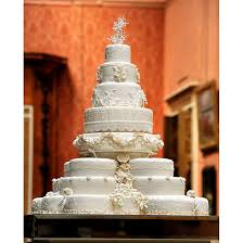 wedding cake kate middleton want a wedding cake like kate middleton s baker will make one