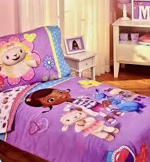 Doc Mcstuffins Toddler Bed Set Disney Doc Mcstuffins 4 Toddler Bedding Set Warm Soft