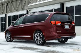 2017 chrysler pacifica limited review doubleclutch ca