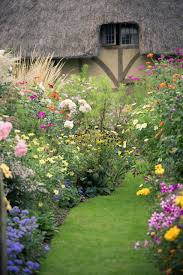 Cottage Garden Ideas Pinterest by Pretty Cottage Shabby Chic Mania By Grazia Maiolino Yard And