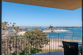 mission beach condo w bayside views ra91543 redawning