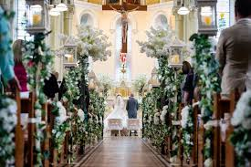 enchanted wedding company specialises in wedding ceremony decoration