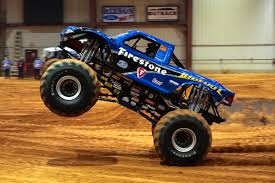 bigfoot electric monster truck blue flame bigfoot 16 the bigfoot racing team pinterest