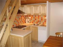 cuisine sous escalier l atelier de théo cuisines des alpes