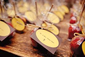 fall wedding favor ideas autumn s richness and variety of options for wedding favors