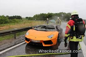 is lamborghini a german car lamborghini aventador bursts into flames on german autobahn