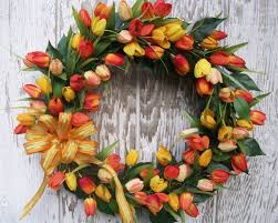 Spring Wreath Ideas Exterior Excellent Look Of Rounded Green Spring Wreath Design