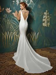 enzoani wedding dress enzoani ivory crepe formal wedding dress size 6 s tradesy