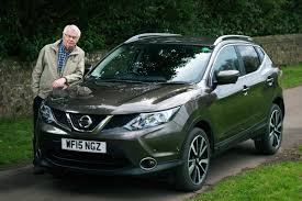 nissan qashqai headlight bulb halfords car problems your questions answered carbuyer