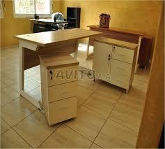 bureau en bois a vendre bureau en bois avec caisson design à vendre à dans meubles et