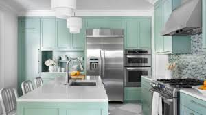 kitchen wall paint colors what color to paint a small kitchen to